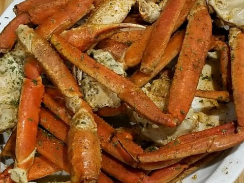 Crab Legs Recipe Boiling Crab Legs Served With Old Bay Garlic Butter
