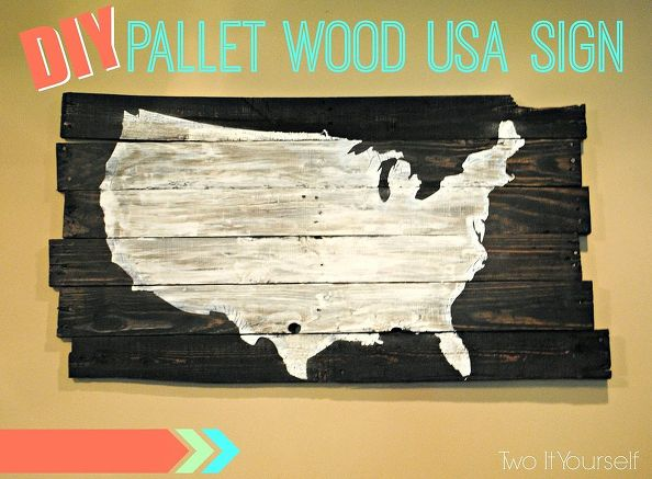 Here are 10 Pallet Decorating Ideas that will knock your socks off and will have all of your friends and neighbors begging you to make one for them too!