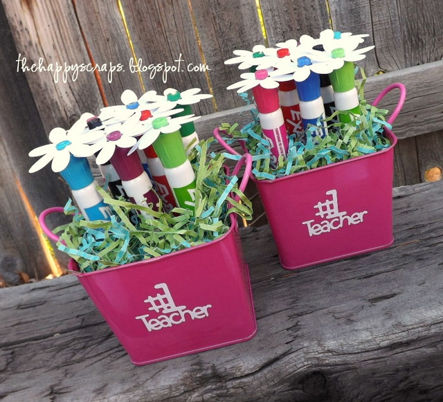 teacher gift - dry erase marker bouquet