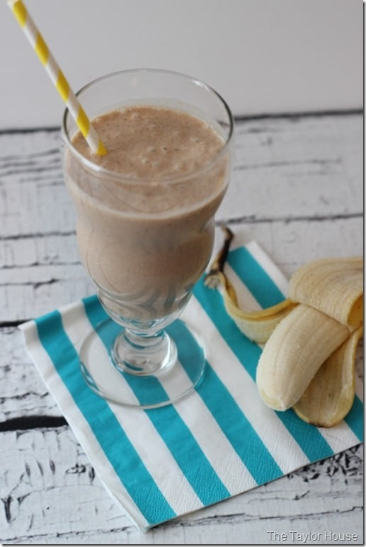 after school snacks - protein smoothie