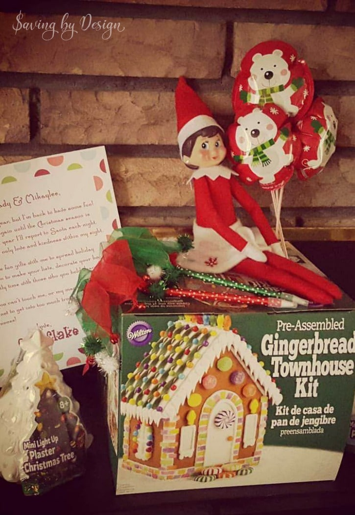 Elf on the Shelf ideas for arrival - gifts from Elf