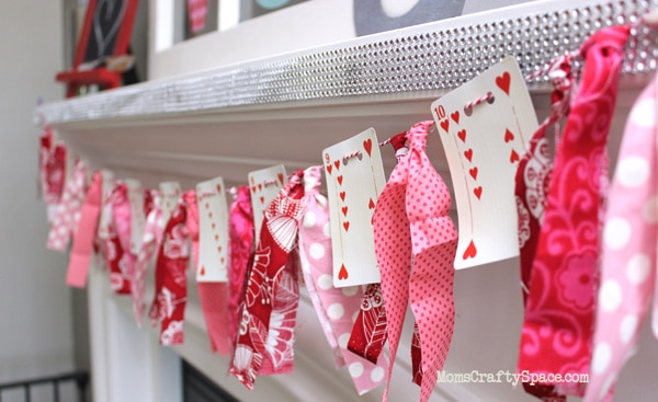 Need a fun DIY Valentine's Day craft to do with the kids? These Valentine's Day crafts for kids are perfect for all ages!