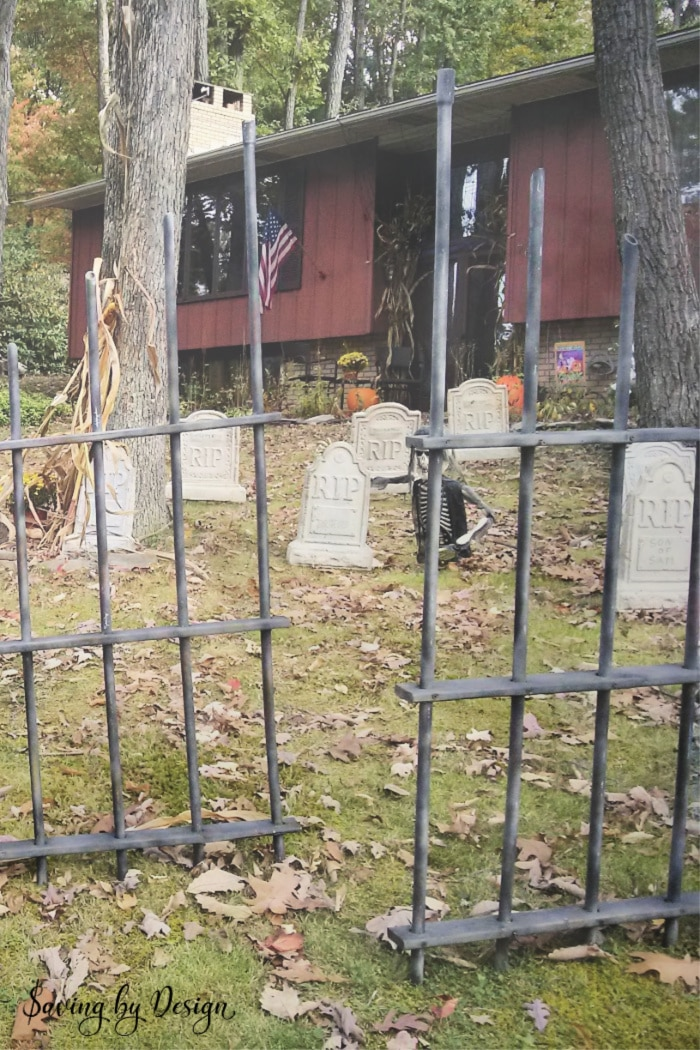 Diy Outdoor Halloween Decorations Make A Halloween Graveyard